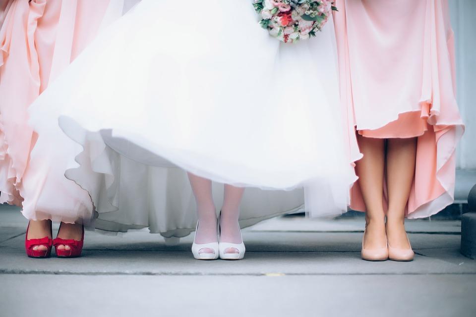 فستان العروسة - يلا جواز