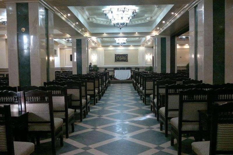 قاعة مسجد ابو بكر